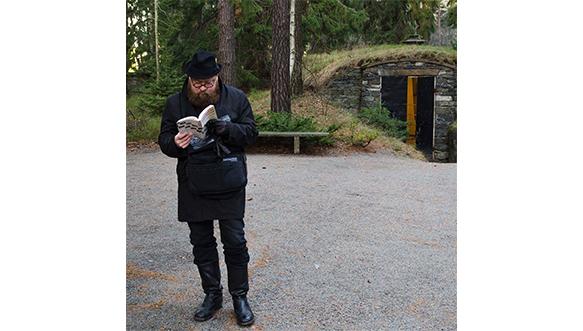 Taidehistorioitsija (FT/dosentti) Juha-Heikki Tihinen. Kuva: Magnus Strandberg.